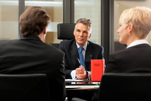 lawyer-meeting-sit-down (1)